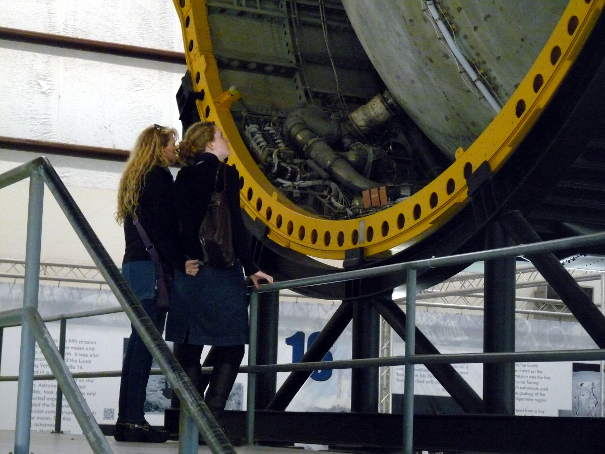 Picture of Lori, Daelynn and the Saturn V rocket